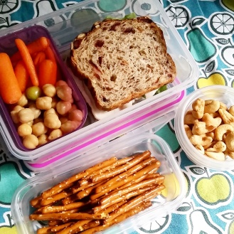 09.05.17    My husband and I joked that we should create a separate IG account showing what he eats for lunch. 😉 I went ahead and packed him a lunch today too. Turkey sandwich on marathon bread from Wegmans; carrot sticks; chickpeas; cashews; and pretzel sticks.